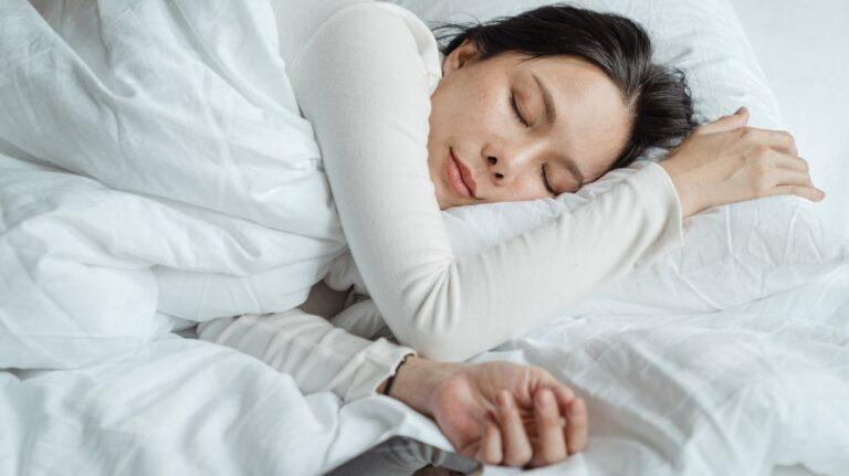 pierderea grăsimilor temperaturii de dormit)
